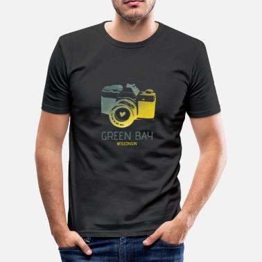 Green Bay Packers Green Bay camera with heart - Men's Slim Fit T-Shirt