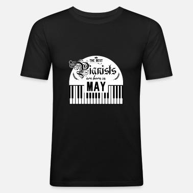 Verjaardag Mei Piano Cadeau Idee Piano Speler Mannen Premium T Shirt