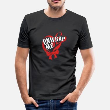 Unwrapping Unwrap Me - Pack from me - Christmas - Men's Slim Fit T-Shirt