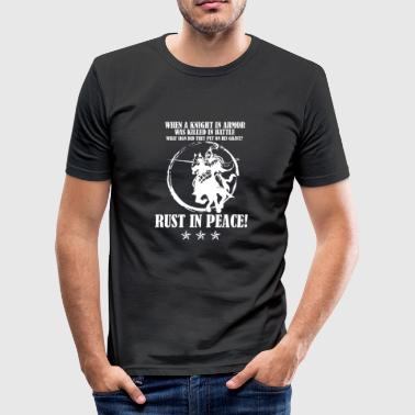 Puns Jokes Medieval knight wit pun pun Word joke Funny - Men's Slim Fit T-Shirt