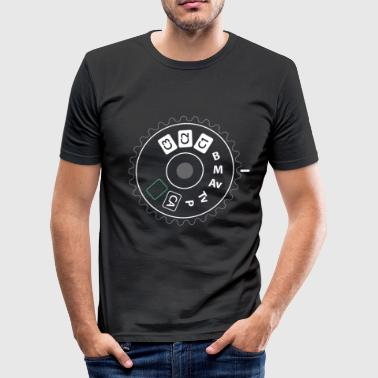 Funny photography - camera aperture photo gift - Men's Slim Fit T-Shirt