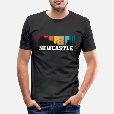 Uk Newcastle England Travel Souvenir Skyline Landmark - Men's Slim Fit T-Shirt