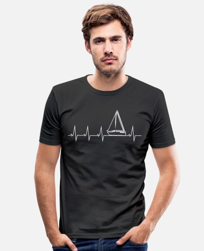 Water T-Shirts - I love sailing - heartbeat - Men's Slim Fit T-Shirt black