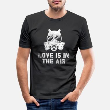 Anti Love is in the air - anti valentine's day - Men's Slim Fit T-Shirt