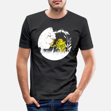 Out Tiger in the jungle - Men's Slim Fit T-Shirt
