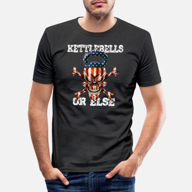 Kettlebells of anders grappige sportschool workout schedel vlag - Mannen slim fit T-shirt