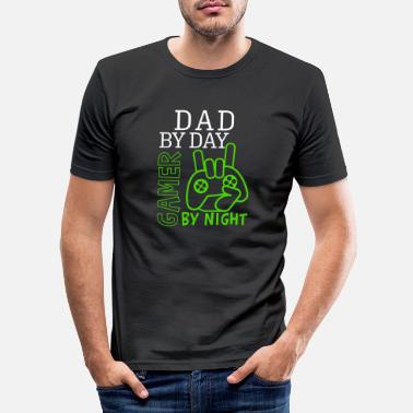 Gamer Dad By Day Gamer By Night Father's Day Gift - Men's Slim Fit T-Shirt