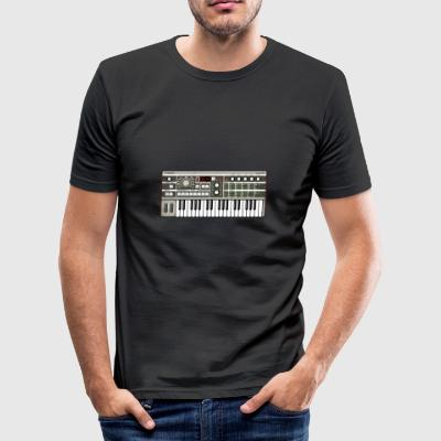 Micro Synthesizer MKIII #TTNM - Herre Slim Fit T-Shirt