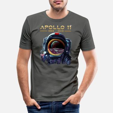 Apollo 11 Astronaut with Earth Reflection Moon - Men's Slim Fit T-Shirt