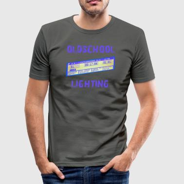 oldschool lighting - MA Lightcommander - Männer Slim Fit T-Shirt