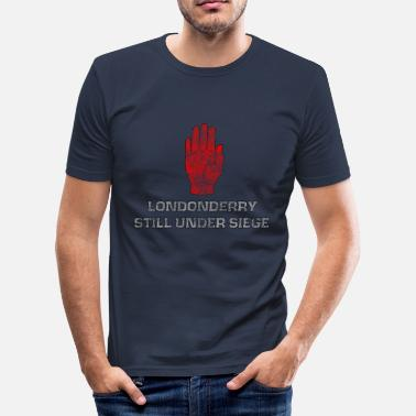 Sieg LONDONDERRY STILL UNDER SIEGE - Men's Slim Fit T-Shirt