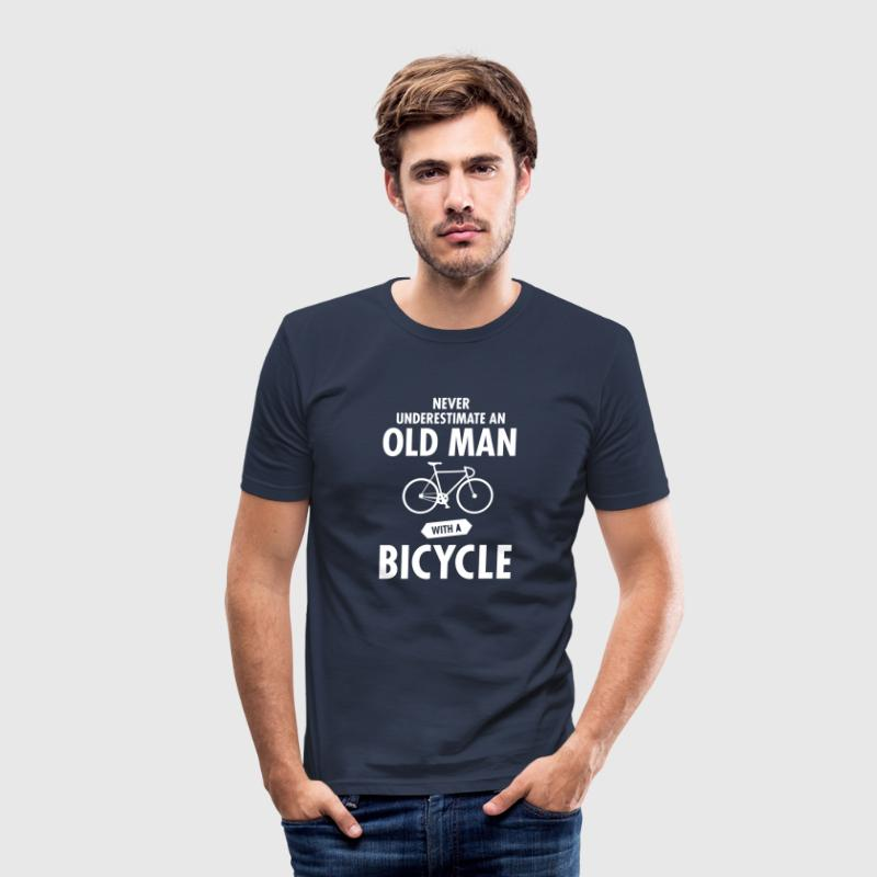 Never Underestimate An Old Man With A Bicycle - Herre Slim Fit T-Shirt