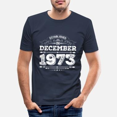 December Opgericht in december 1973 - Mannen slim fit T-shirt