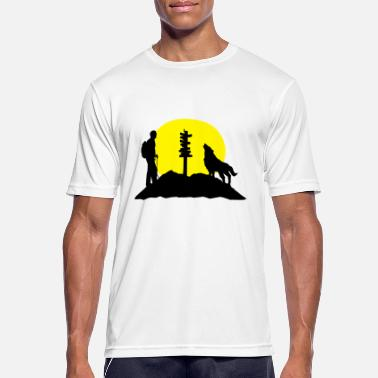 Take Hiking man, wolf and mountains - Andningsaktiv T-shirt herr