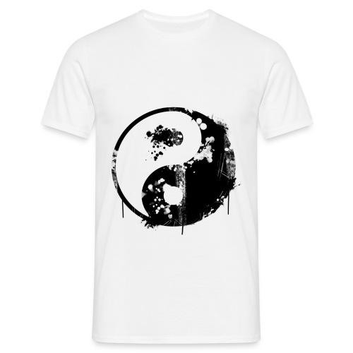 Worn YinYang - Männer T-Shirt
