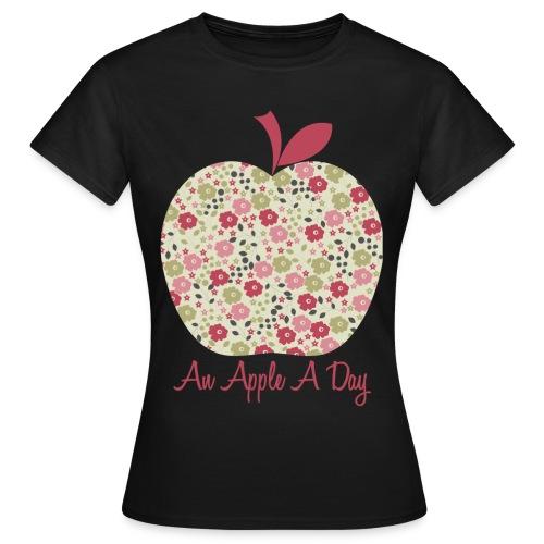 AN APPLE DAY - Maglietta da donna