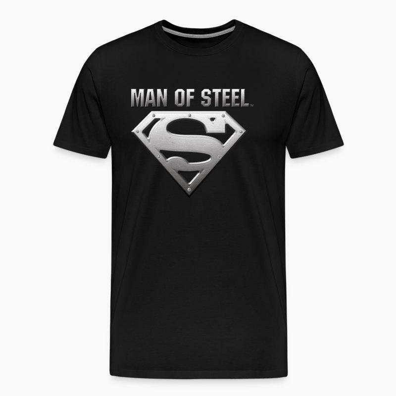 superman s shield steel look m nner t shirt t shirt. Black Bedroom Furniture Sets. Home Design Ideas