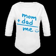 Bodies bebé ~ Body manga larga bebé ~ mom + dad = ME (azul)