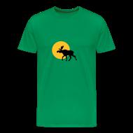 T-skjorter ~ Premium T-skjorte for menn ~ T-shirt Elg i solnedgang