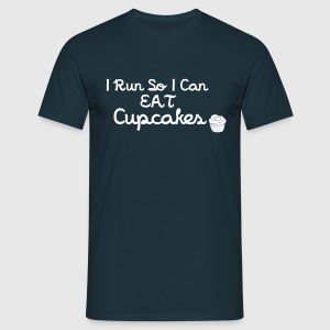 I Run So I Can Eat Cupcakes T-shirts - Mannen T-shirt