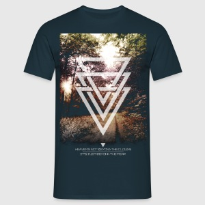 mystic forest triangles T-Shirts - Männer T-Shirt