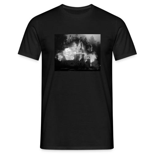 Burn Your Local Church 1 - Männer T-Shirt