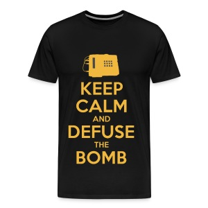 Keep Calm and Defuse the Bomb - Men's Premium T-Shirt