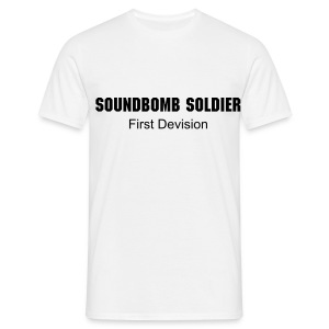 Soundbomb Soldier - Männer T-Shirt