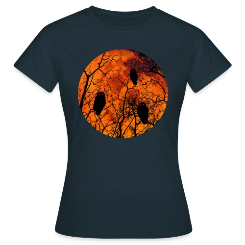 Owls with a bloodred moon  blauw - Vrouwen T-shirt