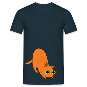 hunting ginger cat - Men's T-Shirt