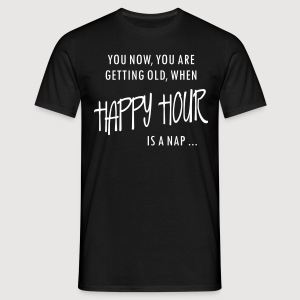 HAPPY HOUR is a nap - Männer T-Shirt