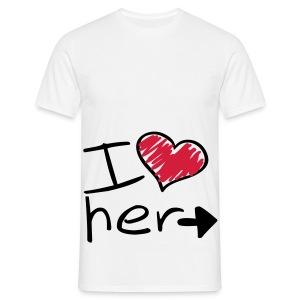 I love her shirt - Mannen T-shirt