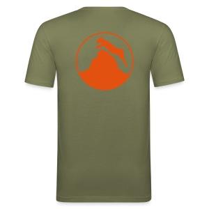 Bergziege in Oliv - Männer Slim Fit T-Shirt