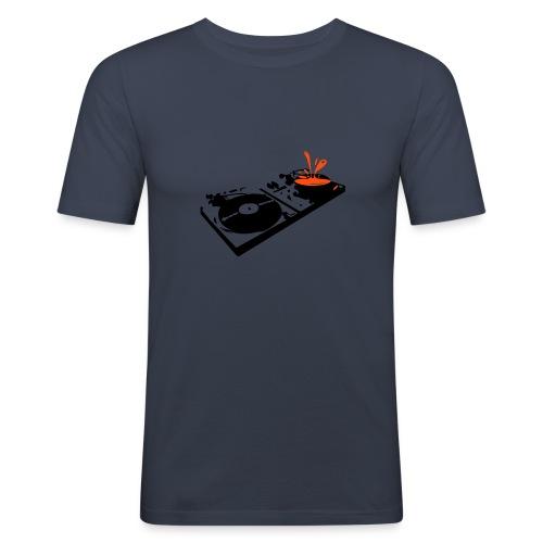Turned table - Männer Slim Fit T-Shirt