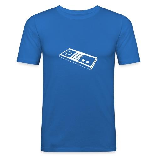 NES - Männer Slim Fit T-Shirt