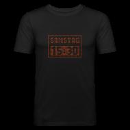 T-Shirts ~ Männer Slim Fit T-Shirt ~ SAMSTAG 15:30 UHR (LED Stadionanzeige)
