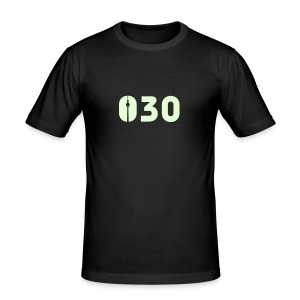 030 SHIRT GLOW-IN-THE-DARK - Männer Slim Fit T-Shirt