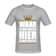 T-shirts ~ slim fit T-shirt ~ Waar is dat feestje