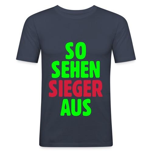 Der Gewinner! - Männer Slim Fit T-Shirt