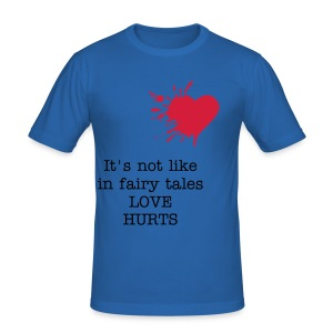 It's not like in fairy tales, love hurts - Men's Slim Fit T-Shirt