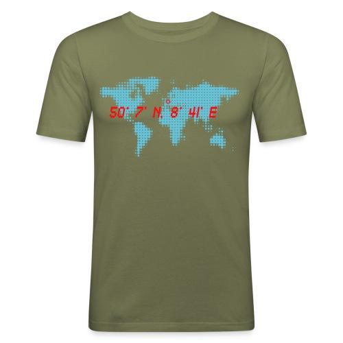 Frankfurt Koordinaten Weltkarte T-Shirt - Männer Slim Fit T-Shirt