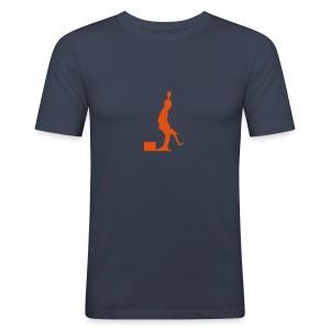 Pro Kicker (orange) - Männer Slim Fit T-Shirt