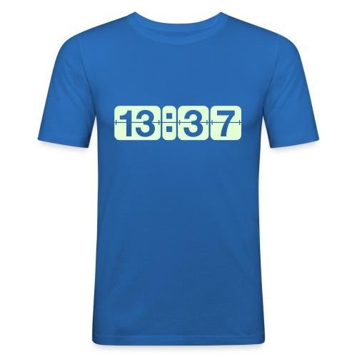 13:37 - T-shirt près du corps Homme