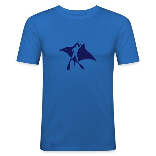 tier t-shirt manta ray rochen taucher tauchen scuba diving dive - Männer Slim Fit T-Shirt