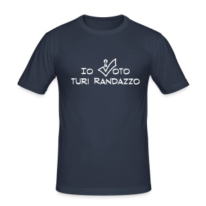 Io voto Turi Randazzo (SCRITTA BIANCA - MAGLIETTA TUTTI I COLORI) - Maglietta aderente da uomo