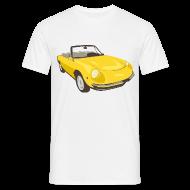 T-skjorter ~ T-skjorte for menn ~ Yellow Alfa Romeo Spider illustration
