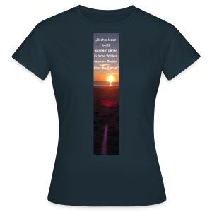 Riesen-Lesezeichen Sonnenuntergang + Meer + Zitat - Frauen T-Shirt