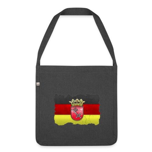 Bremen Wappen mit Deutschland Fahne in Stein gemeißelt Schultertasche - Schultertasche aus Recycling-Material