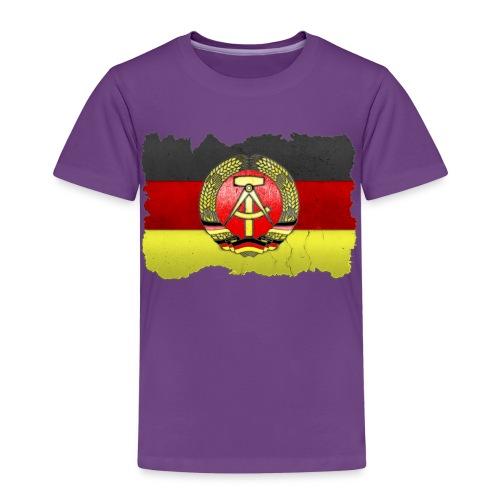 DDR Wappen mit Deutschland Fahne in Stein gemeißelt Shirt - Kinder Premium T-Shirt