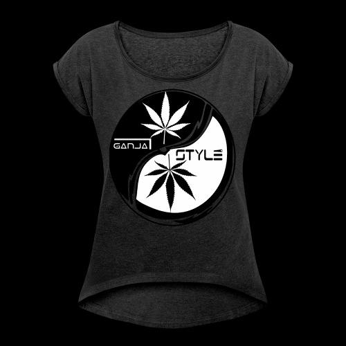 . - Frauen T-Shirt mit gerollten Ärmeln